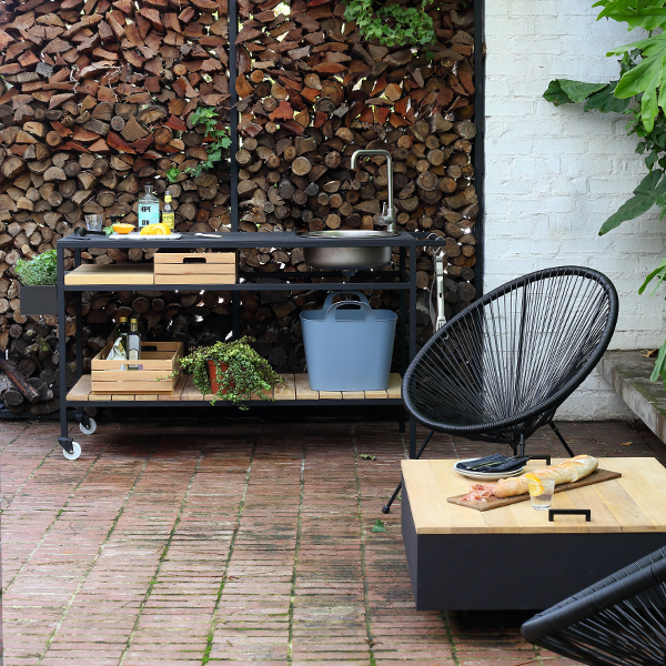 square fire pit and mobile outdoor kitchen